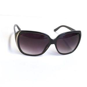 d567e0531f69c Tahari Accessories - Tahari Sunglasses